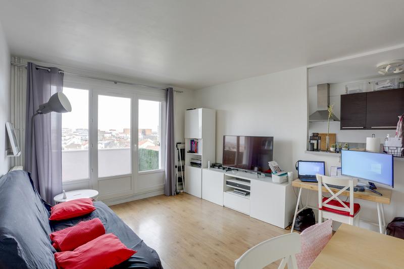 Appartement 2 pièces avec balcon sans vis-à-vis et un parking en sous-sol
